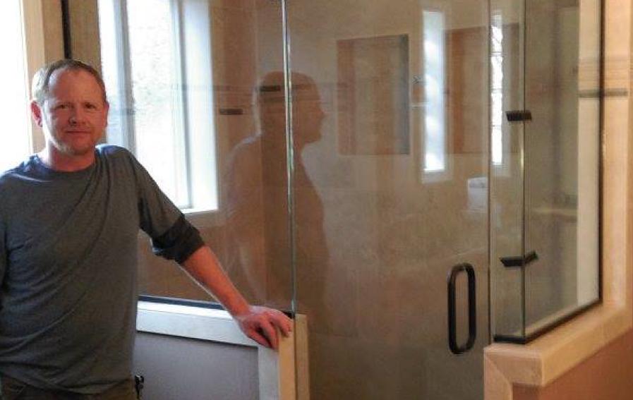 Bill Vendetti - Glass Specialist